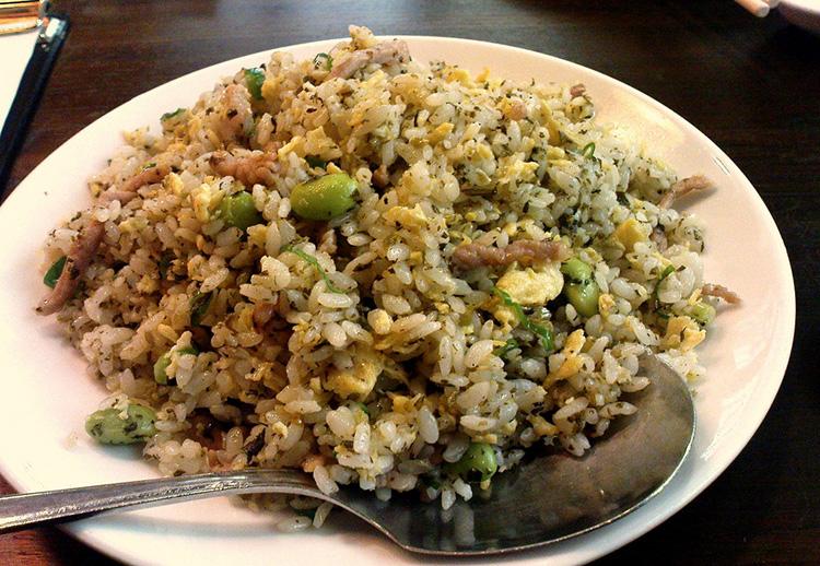 小籠包と並んで人気なのが炒飯。米1粒1粒に味が染み渡っている!