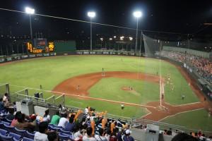 天母棒球場