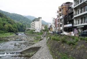 Hakone-Yumoto Hot Spring Town (箱根湯本温泉街)