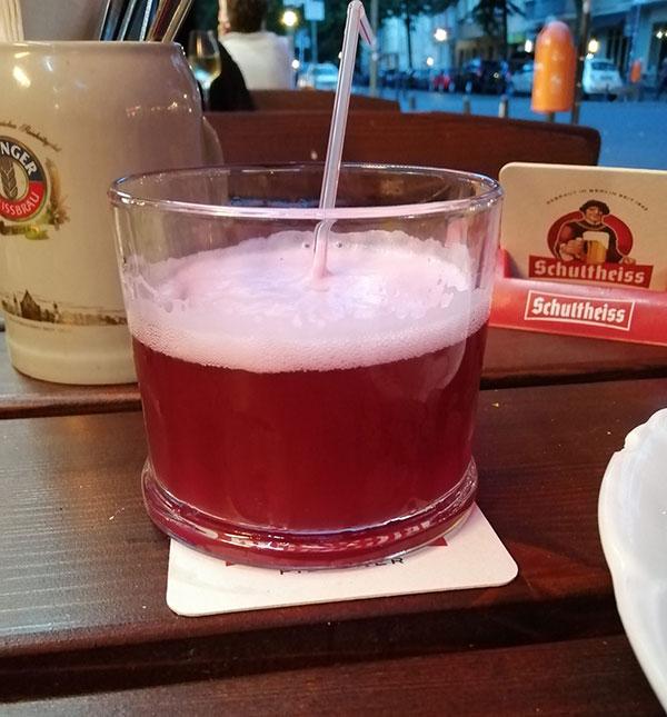 ベルリンのシロップ入りビール