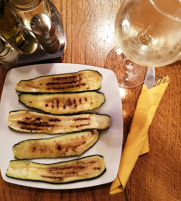 ズッキーニとワイン