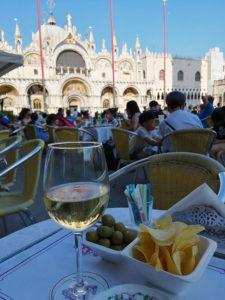 サンマルコ広場のワイン
